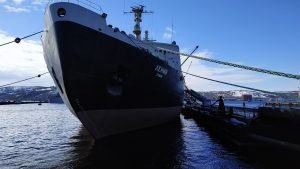 Russia Steps up Efforts to Dominate the Arctic Region